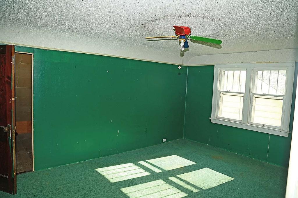 13-Upstairs Bedroom1