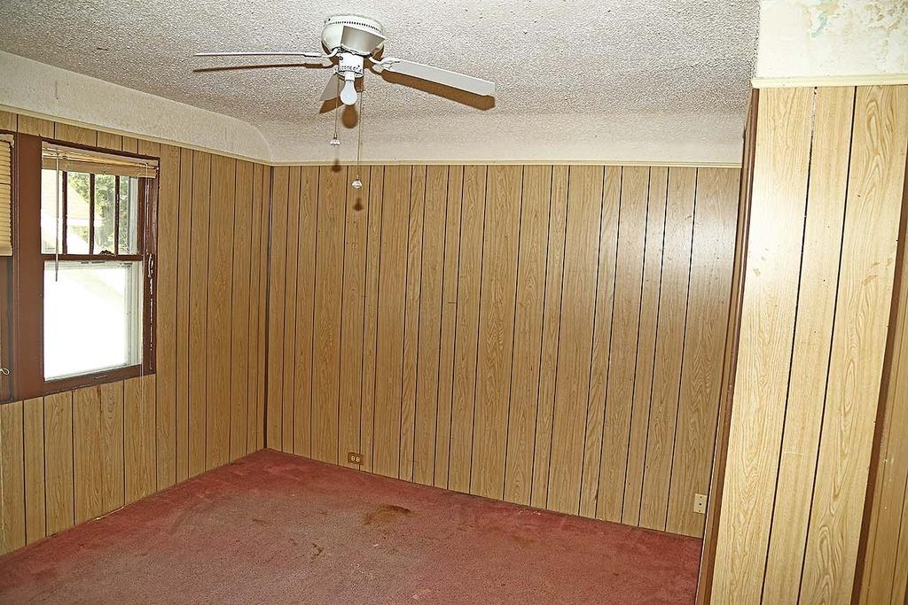 17-Upstairs Bedroom 2