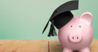 4 Huge Benefits of Graduating From College With No Debt